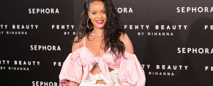 Snapchat Loses $800 Million After Rihanna Backlash